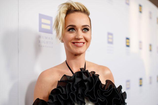 Katy Perry promociona el tema de una particular manera