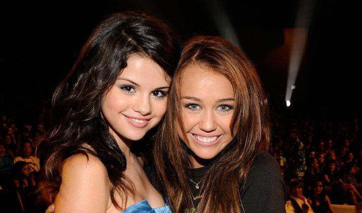 Selena Gómez nos trasladó a su época adolescente