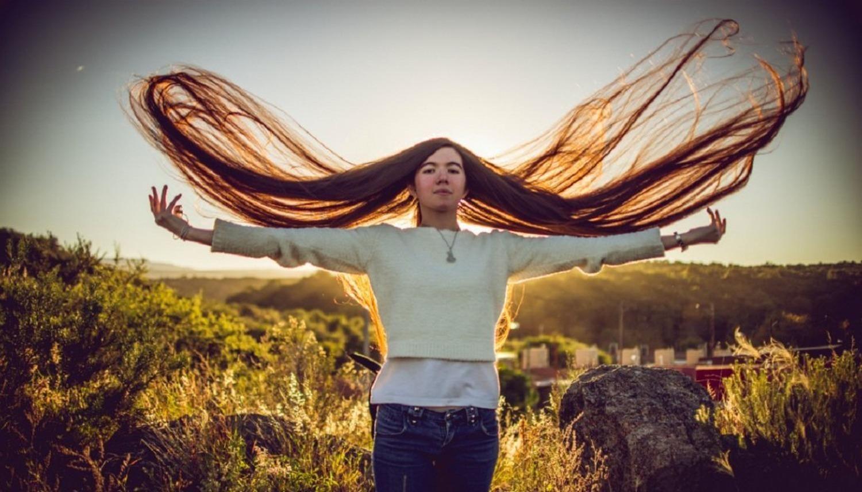 Récords Mundiales Guinness. Cordobesa con el pelo más largo del mundo.