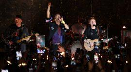 Coldplay invitó a Ed Sheeran y anunció gira mundial
